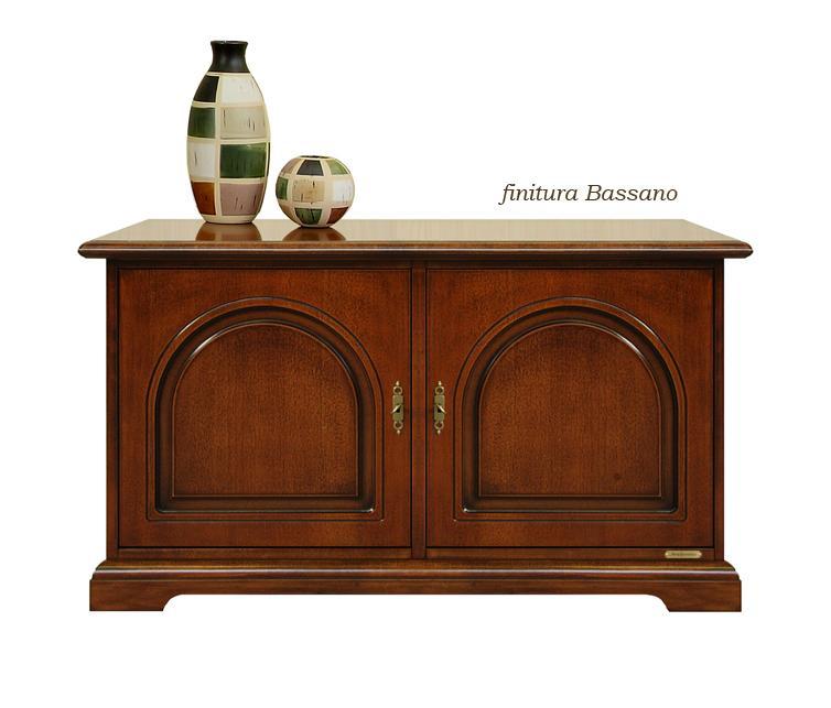 kleiner schrank klassischer stil mit 2 t ren frank m bel. Black Bedroom Furniture Sets. Home Design Ideas