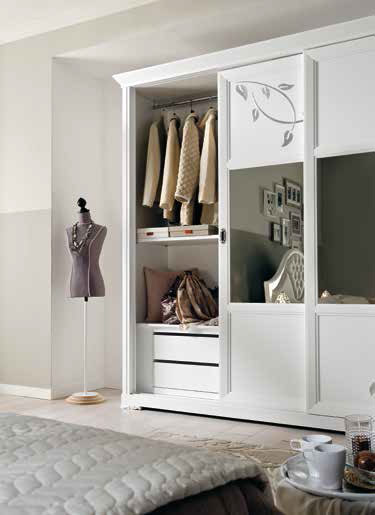 schrank 2 schiebet ren lackiert frank m bel. Black Bedroom Furniture Sets. Home Design Ideas