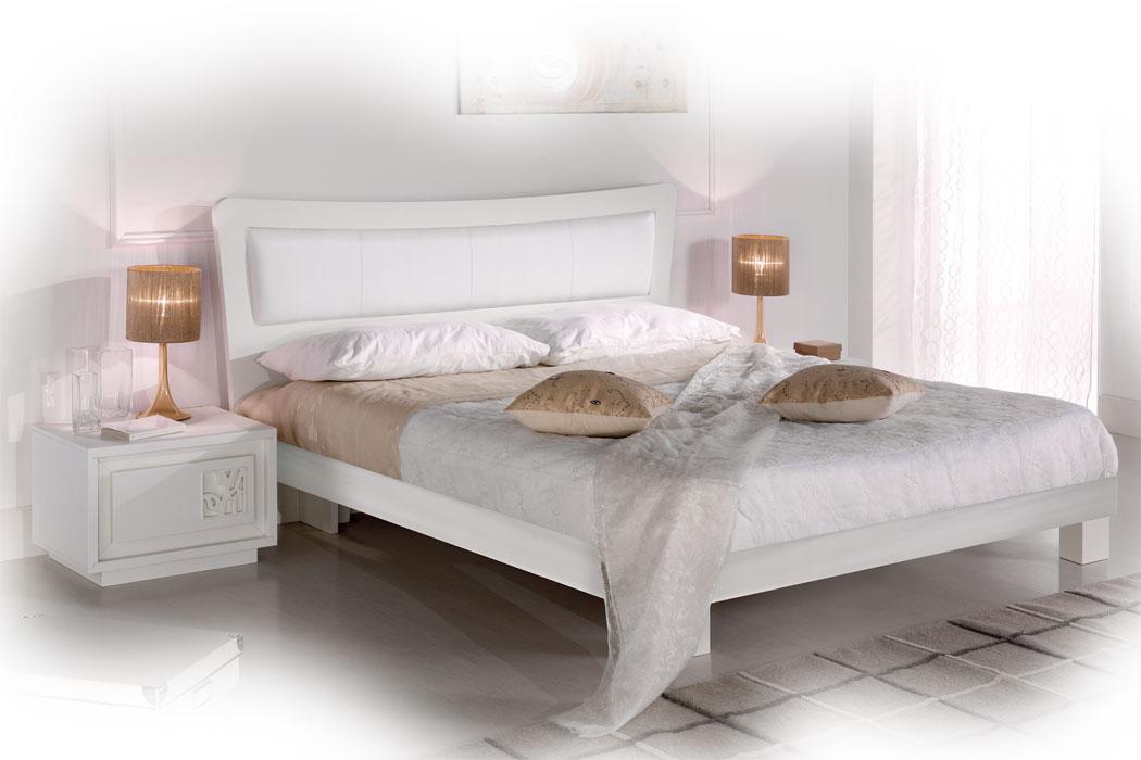 doppelbett klassisch und elegant frank m bel. Black Bedroom Furniture Sets. Home Design Ideas