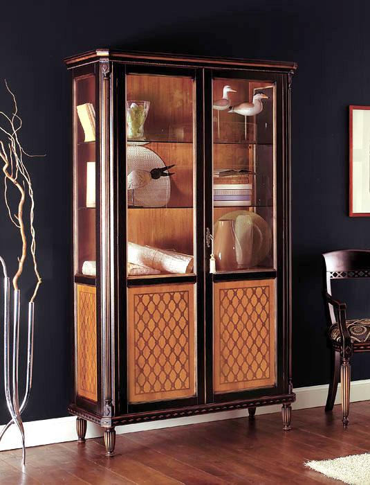 vitrine schwarz und kirschholz 2 t ren sehr sch n neu ebay. Black Bedroom Furniture Sets. Home Design Ideas