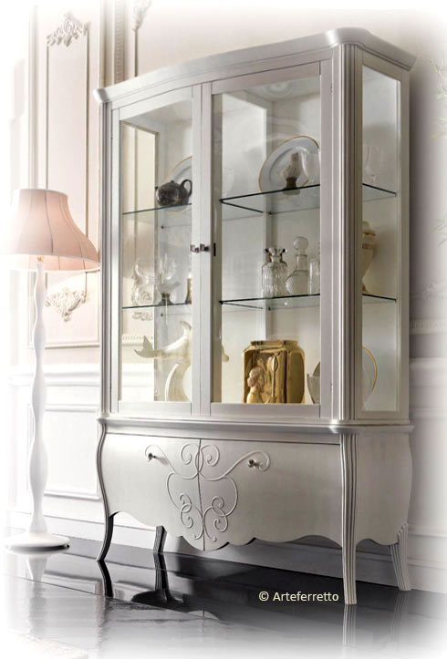 elegante vitrine glanzlicht stilvoll frank m bel. Black Bedroom Furniture Sets. Home Design Ideas