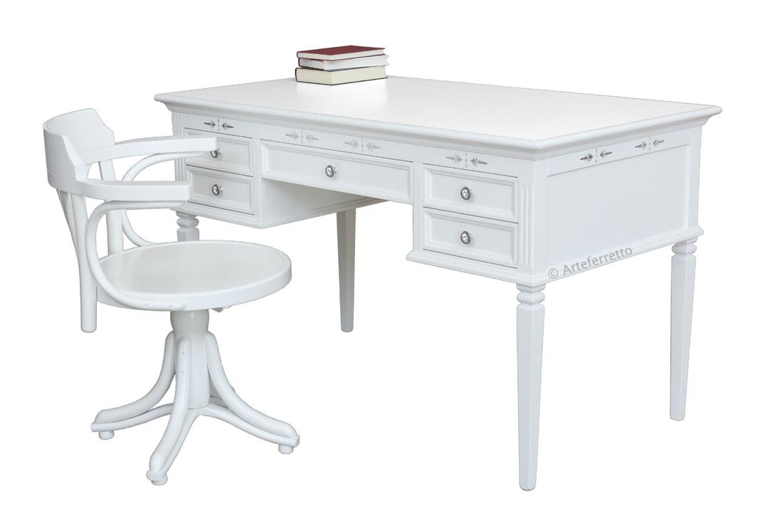 schreibtisch und stuhl quiet corner frank m bel. Black Bedroom Furniture Sets. Home Design Ideas