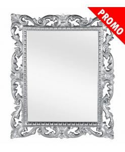 Spiegel mit silberen Rahmen