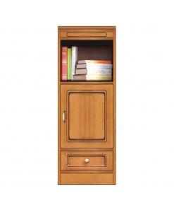 Niedriges Möbel aus Holz