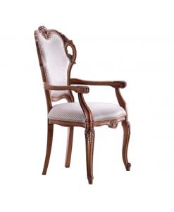 Klassischer Stuhl mit Armlehnen