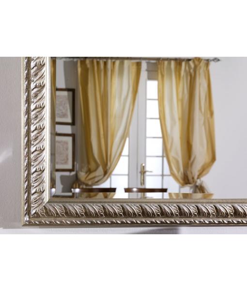 Spiegel aus Goldblatt,