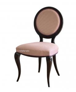 Stuhl runde Rücklehne